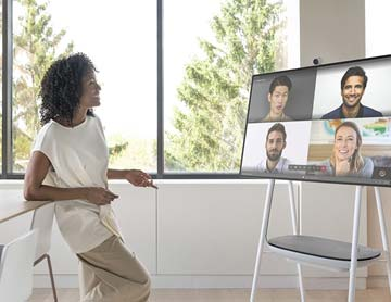 remote-collaboration-surface-hub-2s